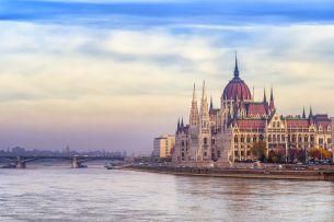 Budapest Parlament (c) AdobeStock_113839560