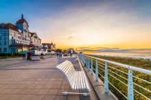 Ostsee - Promenade(c) AdobeStock_175039748